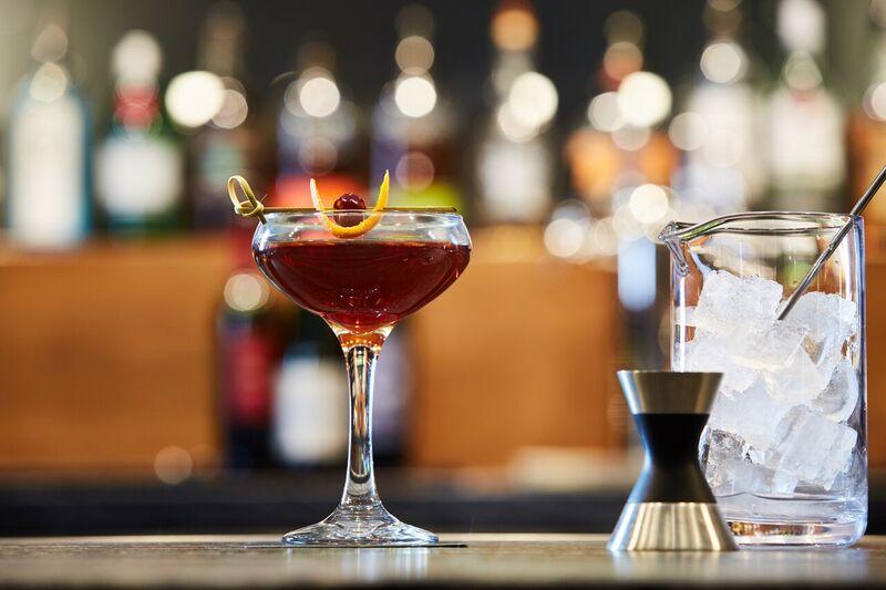 14-AC Lounge Martini
