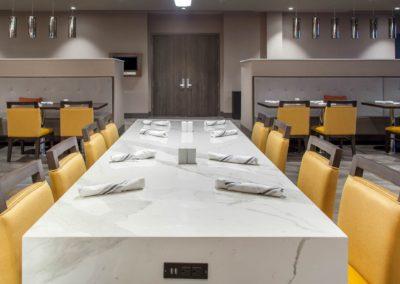 AZ379Restaurant09_preview
